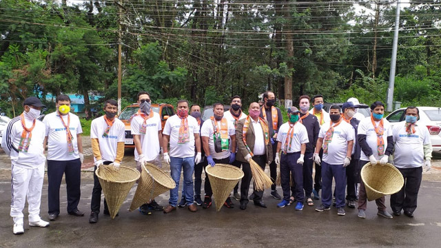 Leaders and workers of the BJP in Meghalaya organised cleaning drive and tree plantation on the occasion of 70th Birthday of Prime Minister Narendra Modi Thursday. Image: Indigenousherald